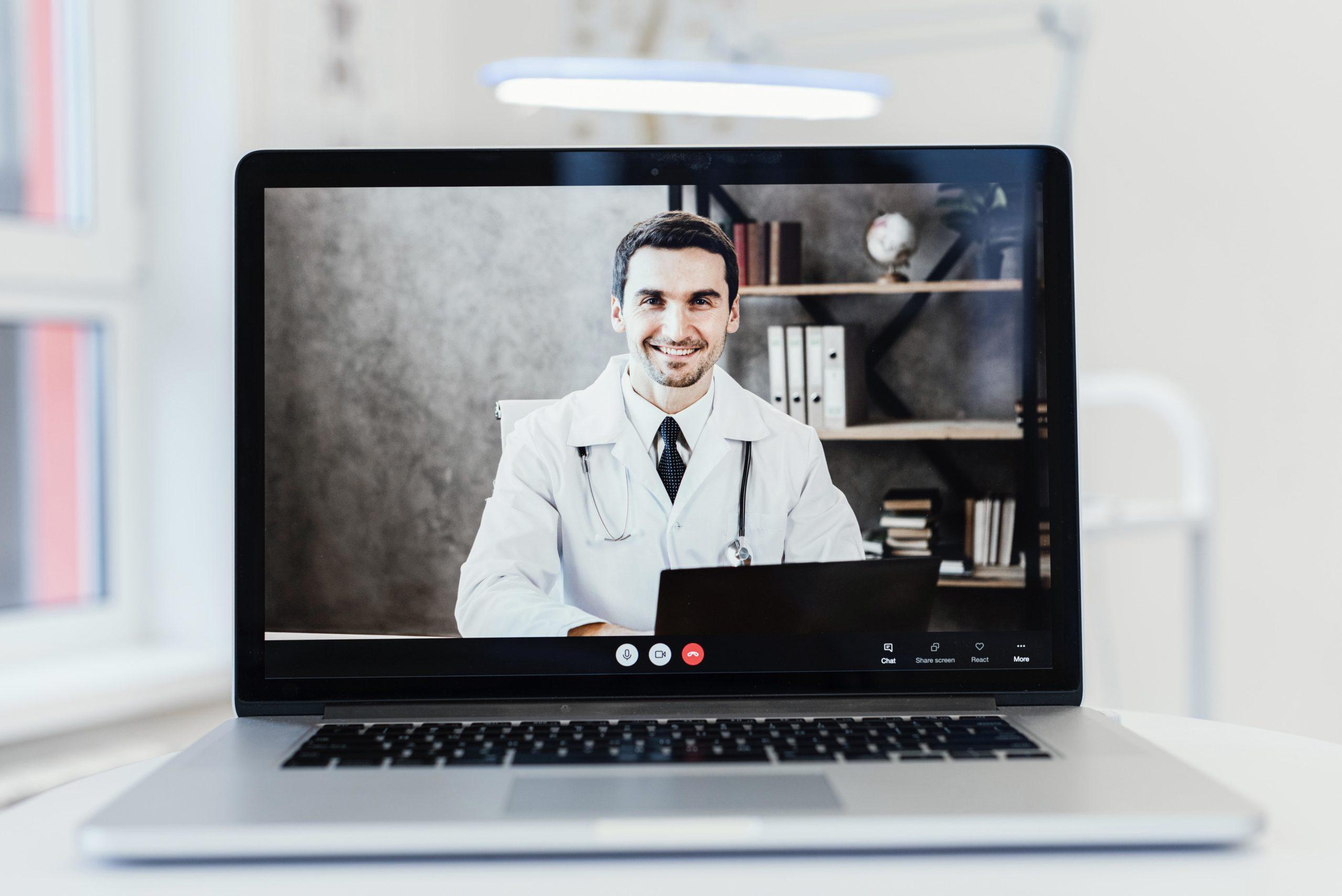 Dlaczego warto skorzystać z konsultacji online?
